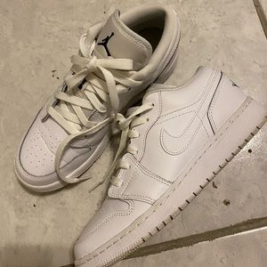 Air jordan 1 low in white